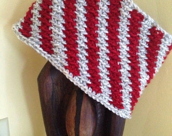 Barber pole striped cowl in red and grey soft yarn