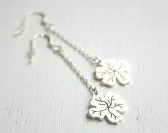 Hibiscus long earrings / sterling silver