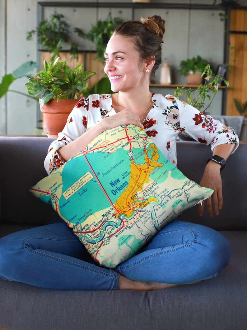 Louisiana Pillow Covers, Cool Pillows Louisiana Gifts, Louisiana Decor,  Louisiana Map Pillows LA Couch Pillows New Orleans, Baton Rouge