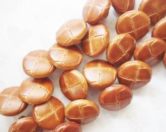 Brown Faux Leather Buttons - 13 Vintage Imitation Leather Buttons - Bakers Dozen Small Brown Buttons - Scored Brown Faux Leather Buttons