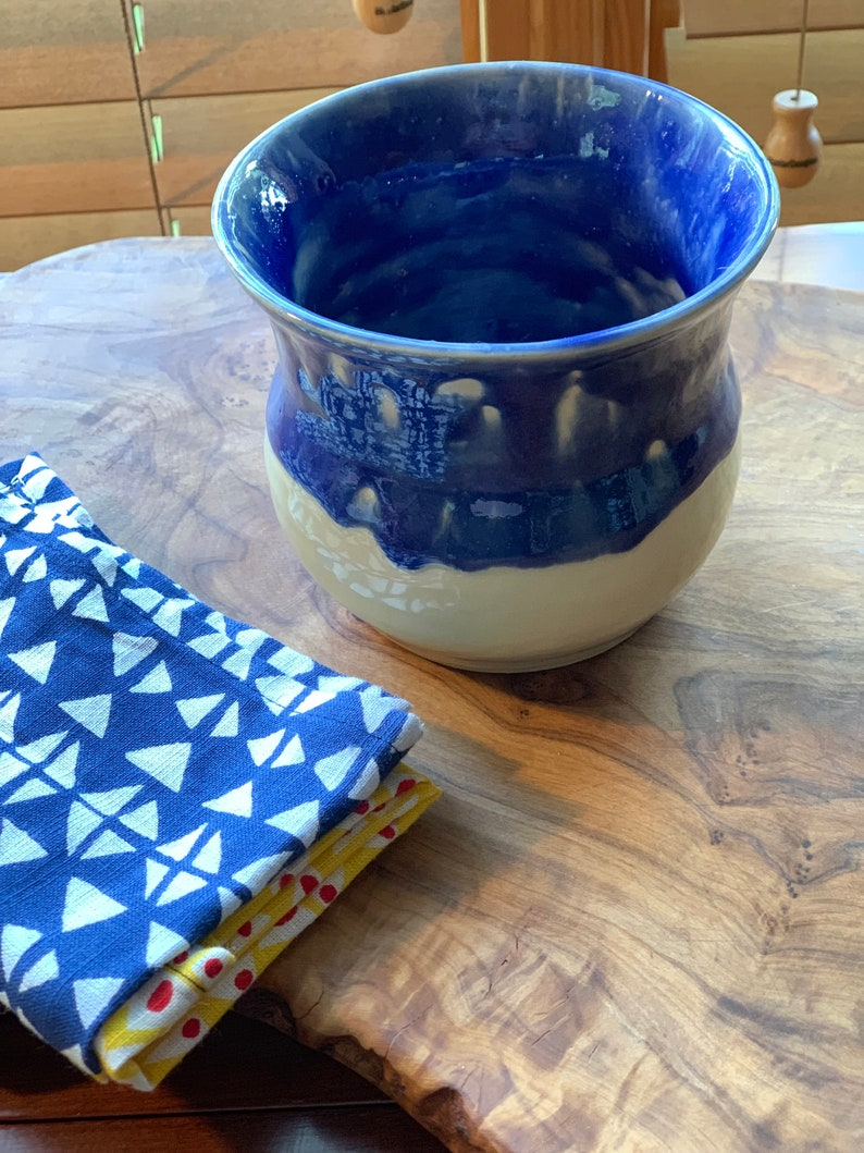 Bowl, Handmade, Ceramic Bowl - True Blue Glaze