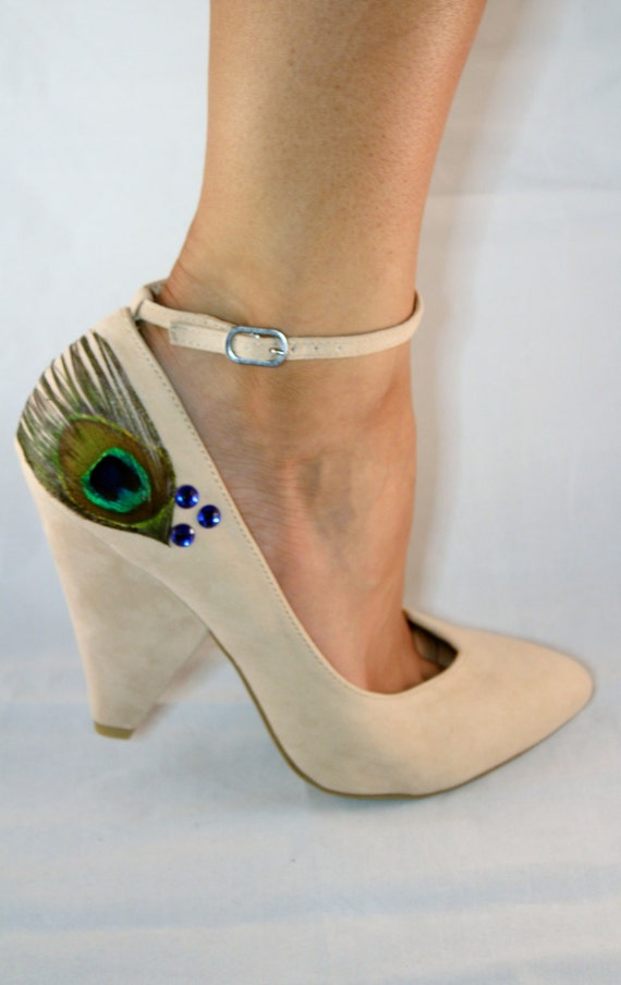 72241c7ce358 Beige Ankle Strap Peacock Chunky Heels