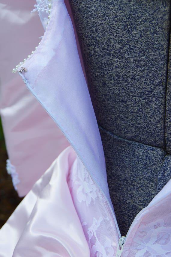 Vintage Pale Pink Wedding Dress with Lace Detaili… - image 6