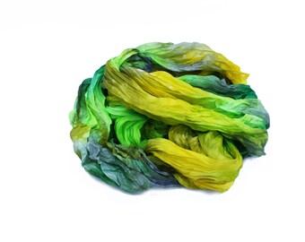 foulard vert, vert foulard en soie - Forsythia - foncé vert, gris, jaune et vert  foulard en soie. 6a79c4c091f