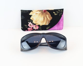 Sunglasses Case, Fabric Glasses Case, Soft Glasses Case, Glasses Case Holder, Stocking Stuffer, Quilted Case, Eyeglass Case, Gift, Mom Gift