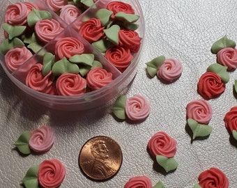 Royal icing flowers for cookie decorating, swirl roses with leaves, shades of pink