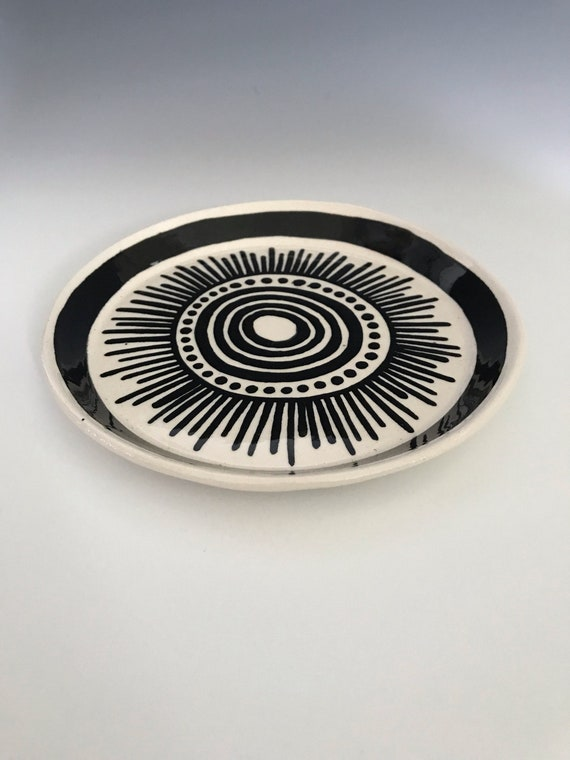 Medium round dish #2