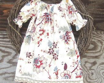 Girls Dress,  Girls Holiday dress, Monogrammed  Dress, Girls Lace Dress