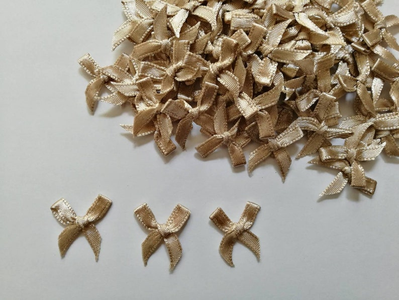 Tiny Appliques 4mm miniature 100 bows Burly Wood mini satin bows