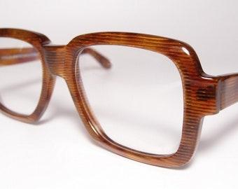 3c81c430190a ... 3f45108344b7 NOS Vintage Anglo American Eyewear XLarge Eyeglasses  Sunglasses Frames Thick Oversized Square Tortoise Gold Rare ...