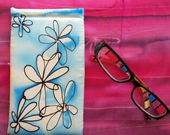 Eye Glass Case Hand Painted Glass Holder Silk Glass case white Glass Case Floral Glass Case Women Eye Glass Holder soft Sunglasses Case