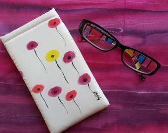 Eye Glass Silk Case, Hand Painted Glass Holder, OOAK, white Glass Case, Floral Glass Case, Women Eye Glass Holder, colorful Sunglasses Case