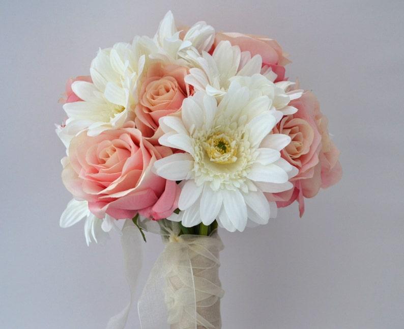 Wedding Flowers Destination Wedding Bouquet Pink Rose Bouquet Wedding Bouquet Bridal Bouquet Small Bouquet Daisy Bouquet