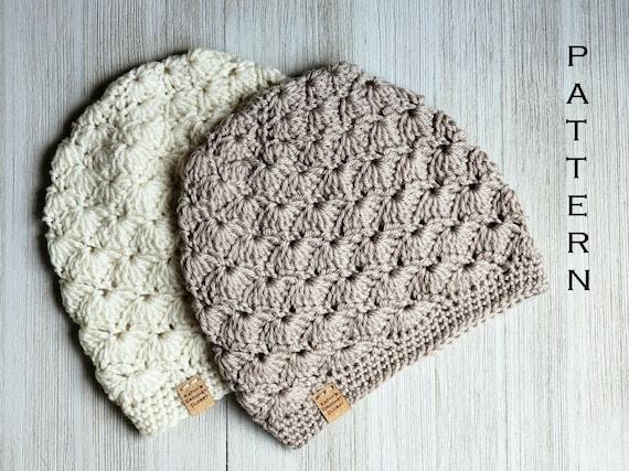 Putting Hair on Crocheted Dolls | | 427x570