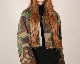 Vtg Cropped Army Camouflage Cut - Off Jacket / Camo Fatigues Shirt w Patch / Women's XL