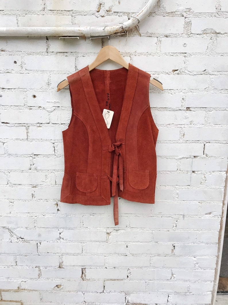 Vintage 1970s rust colored brown suede vest / Western Cowboy image 0