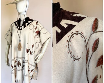 Vtg 60s Mardel Wool Mexican Embroidered Western Poncho / Fringe Cowboy Outerwear / Free Size