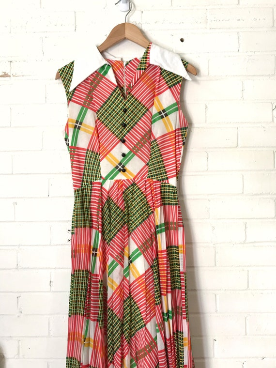 60s Plaid Pleated Maxi Dress / Vintage Red And Gr… - image 2