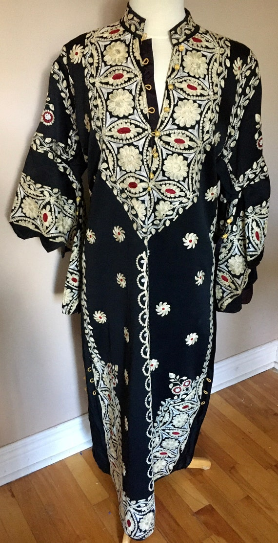 Vintage Embroidered Caftan Robe Full Length