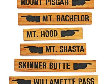 Mountain Sign, Directional Pointing Finger, Destination Sign, Outdoor Direction Sign, Cabin sign, Lodge Sign, Custom Sign, Personalized Sign