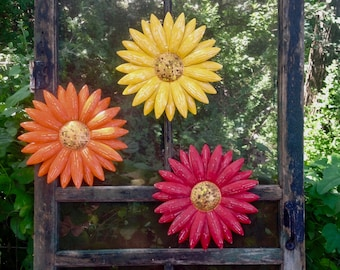 """3 Metal Scatter Flowers - 12"""" Daisy 'Anna Grace' - Yellow Orange Red Metal Wall/Fence Art - Patio Barn Decor - Indoor Outdoor"""