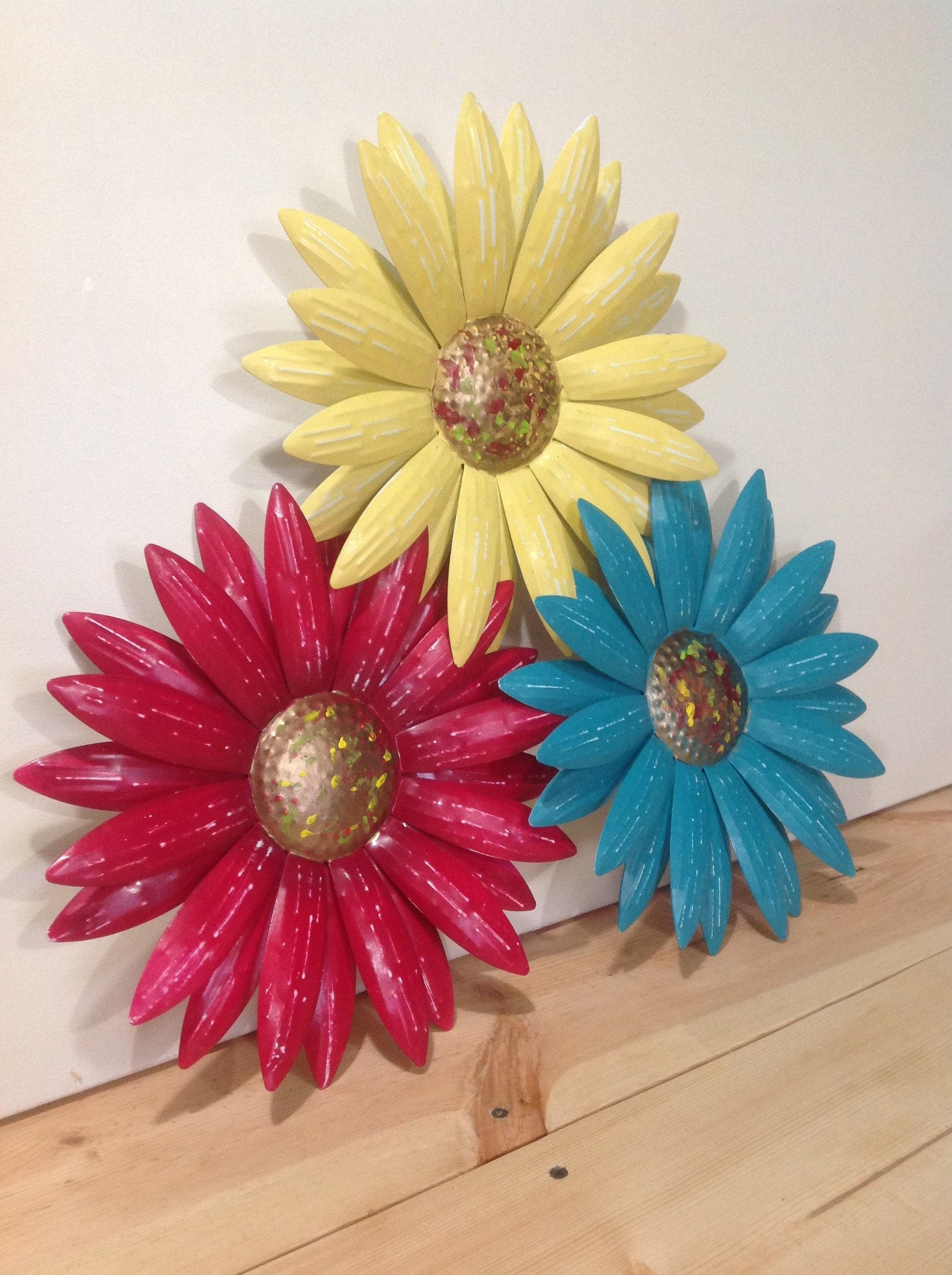 Metal Flower Wall Art Blueyellowrose Set Of 3 Daisies Etsy