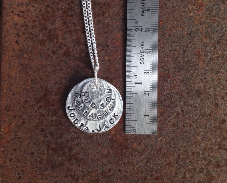 Personalized mothers necklace