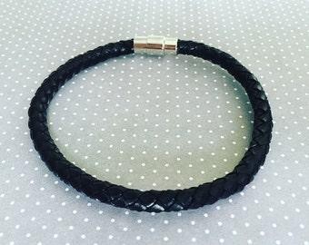 Mens Braided Leather Bracelet. Leather Bracelet. Mens Jewelry. Black Leather Bracelet. Mens Bracelet. Sugarplum Gallery.