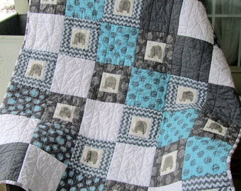 Elephant Baby Quilt, Blue and Gray Quilt, Modern Baby Quilt, Nursery Decor, Baby Gift, zoo animals