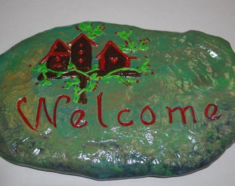 Welcome Hand Painted Ceramic Stepping Stone, Welcome Ceramic Garden Wall Décor.Handmade Ceramic Welcome Stepping Stone.Welcome Yard Art