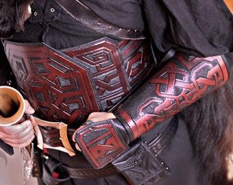 BLACK FRIDAY SALE Dwarvish leather bracers, dwarf,dwarven,armor,armure,cuir,brassard,larp,fantasy,cosplay,costume