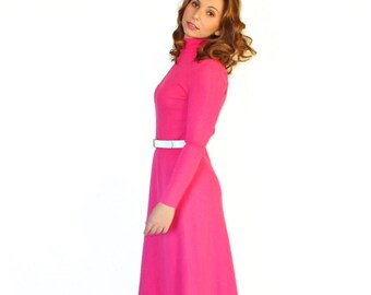 70s pink maxi dress by Francesca for Damon. Vintage knit dress. Hot pink dress. Medium. Sweater dress. Made in Italy. Winter Fuchsia dress