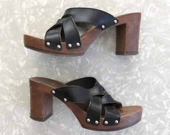 f9045ed9e27 Candie s Platform Sandals Black Leather Shoes Size 8 1 2