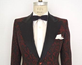 1960s-70s Brocade Tuxedo Jacket w/ Peak Lapel / vintage sixties red black jacqard pattern suit coat / After Six Rudofker tux / men's small