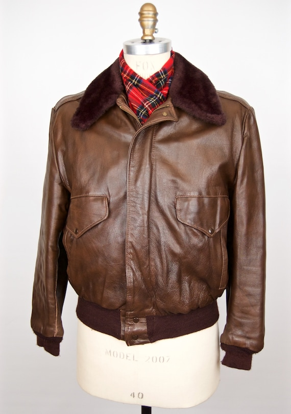 1970s Brown Leather Bomber w/ fur collar / 40s- 70
