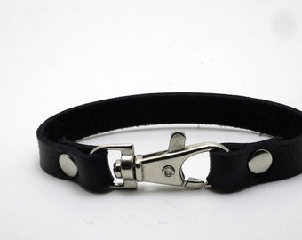 Leather bracelet with nickel clasp