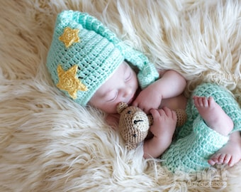 a0bc051e0 English Instant Download PATTERN Newborn SET Sleepy Baby Moon and Stars  Outfit Plus Rattle Crochet Photo Prop