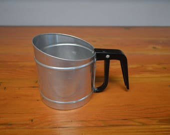 Vintage Foley flour sifter one cup kitchen tools gadgets baking supplies metal sifters