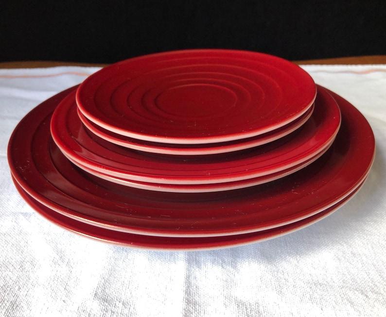 Moderntone Hazel Atlas Dishes 2 Of Each Dinner Muncheon Saucer Burgundy