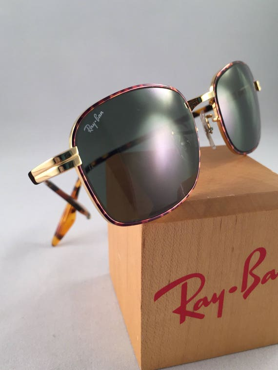 65a61efc523 Vintage Ray Ban Bausch And Lomb Rectangular Gold Tortoise