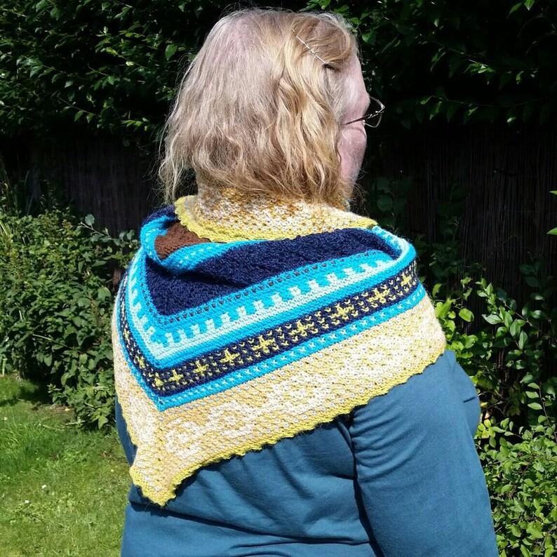 Shawl Triangular Shawl  Knitted shawl made with 100% alpaca image 0