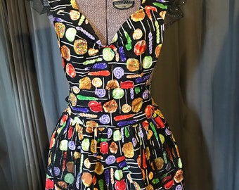 Haunted Housewife Full Apron Halloween Caramel Candy Apple Print M/L
