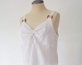 Vtg 90s White LINEN Top with Gathered Bust, BOW & Hoops! Medium