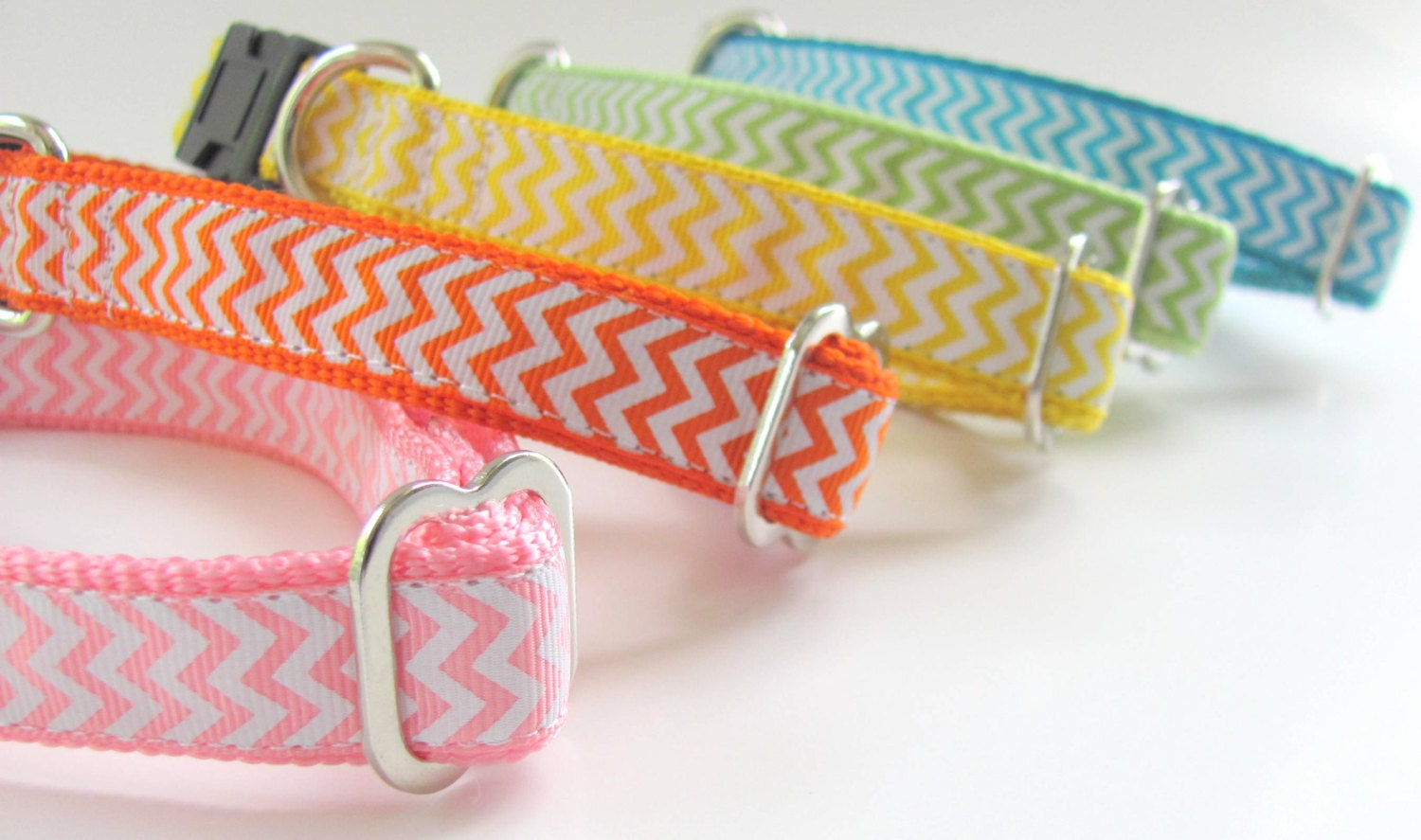 """Chevron Dog Collar - 3/4"""" Wide for Small Dogs - Martingale or Buckle"""