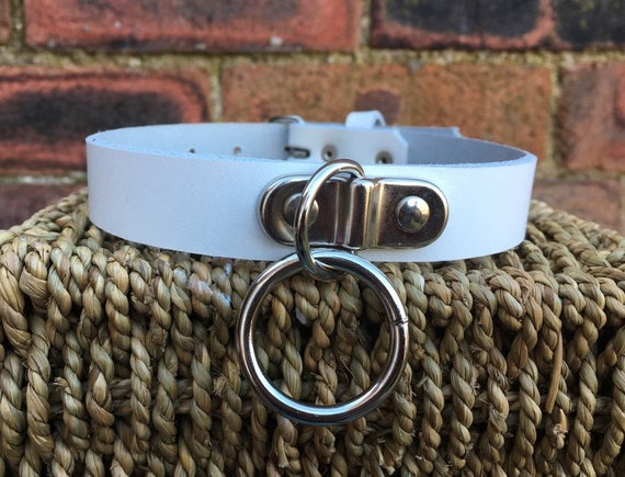 Leather O-Ring /& Heart Padlock Hoop Choker Necklace Choice of Colours Handmade