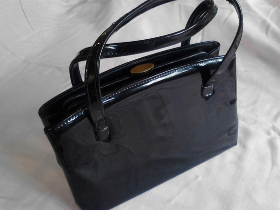 2914bad283 Vintage Black Patent Leather Purse ECS