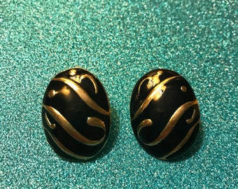 Black and Gold Swirls