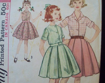 Vintage Box Pleat Skirt and Blouse 1960s Simplicity Pattern 5294 Girl's Size 10