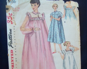 1950s Short Negligee and Nightgown in Two Lengths Simplicity Pattern 4936 Size 14