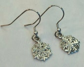 Snowflake earrings, sterl...